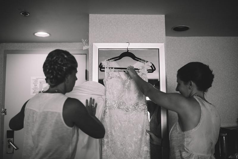 Philadelphia Wedding Photographer - Bernreuther-39.jpg