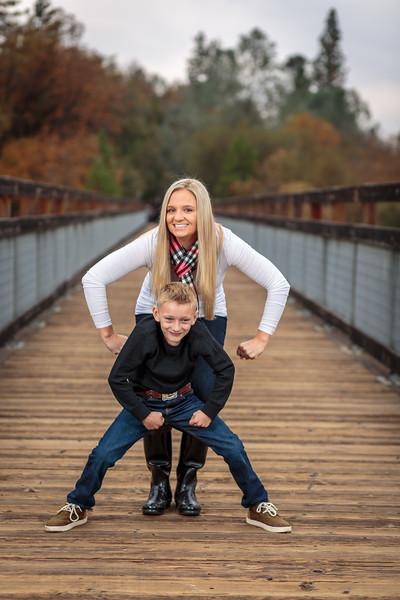 11-25 Mel's Family-45.jpg