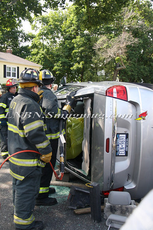Lindenhurst F.D. Overturned Auto w/ Entrapment IFO 129 N 8th St. 8-7-13