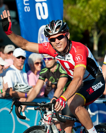 Subaru Noosa Men's Cycling Grand Prix Criterium; Super Saturday; Noosa Triathlon Multi Sport Festival; 29 October 2011