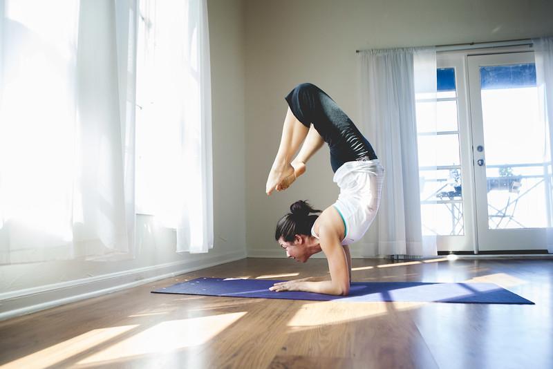 2014 10 10 Kelly goRockett yoga-21.jpg