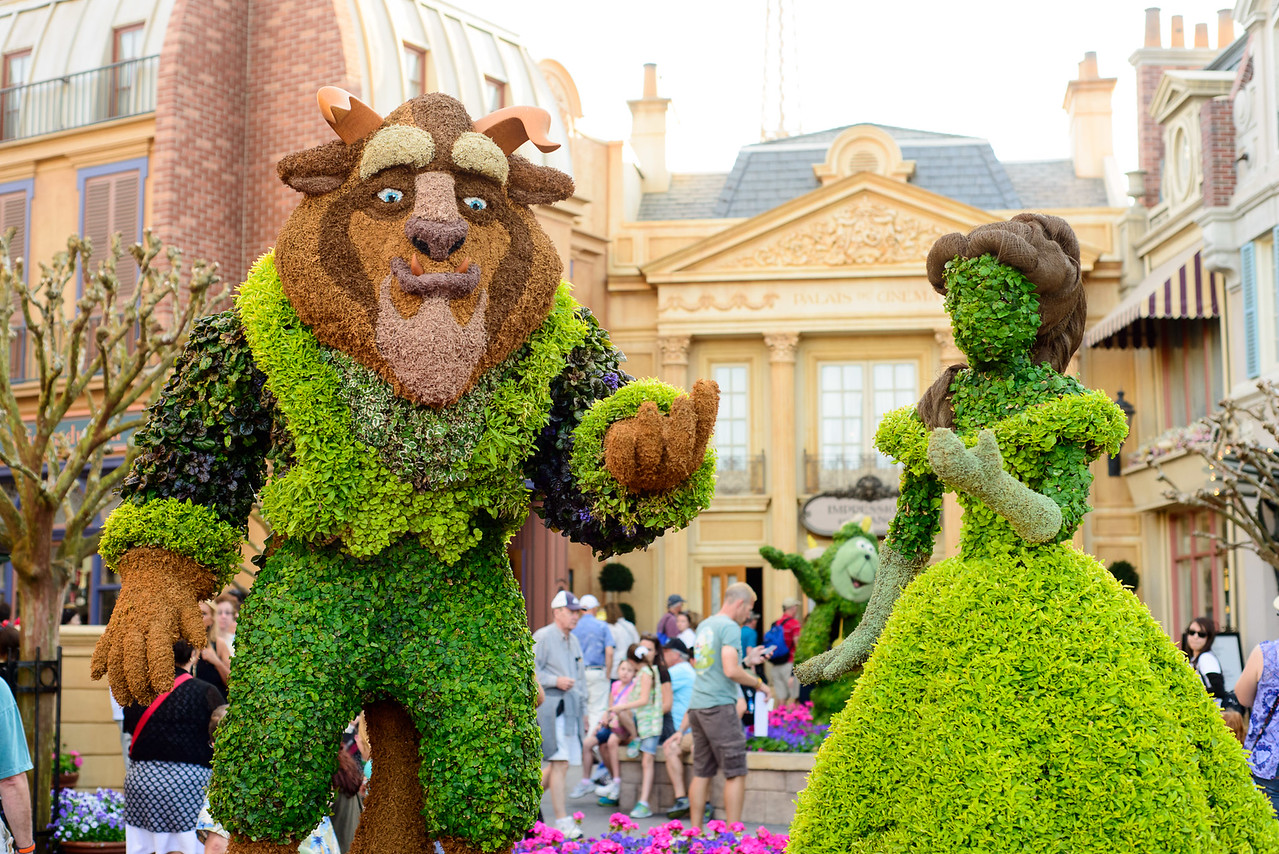 Beauty and the Beast Topiary - Epcot Flower & Garden Festival 2016