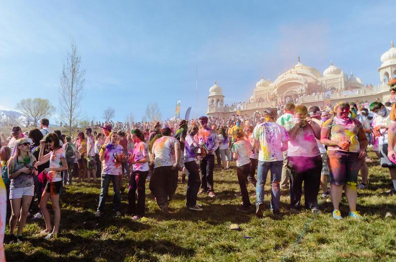 Festival-of-colors-20140329-018.jpg