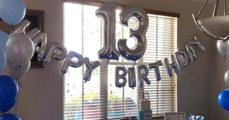 13th BIRTHDAY - STUDIO BOOTH