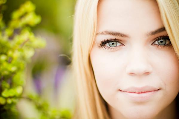 Senior Portrait Photographer Photography - Shelby