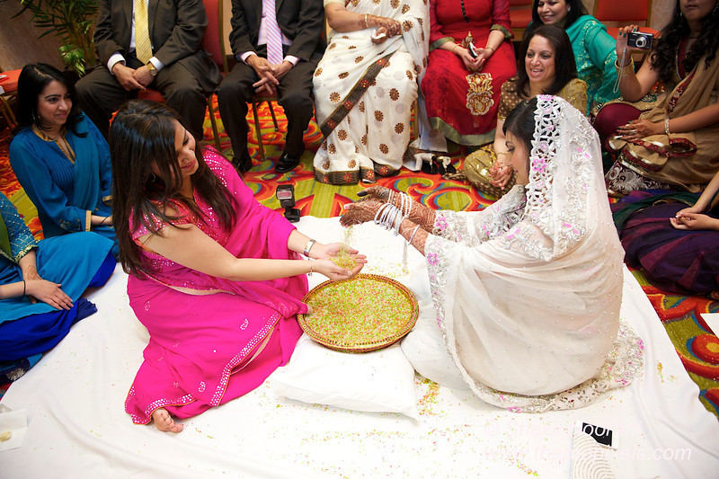 Naziya-Wedding-2013-06-08-01953.JPG