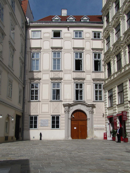 """15-""""Museum JudenPlatz"""" is what the sign says."""