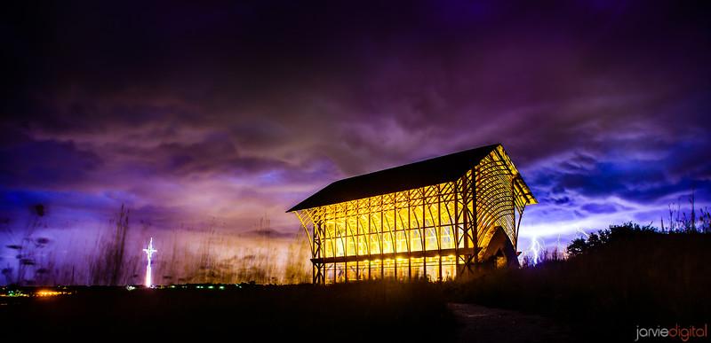 Omaha Glass church - horizontal