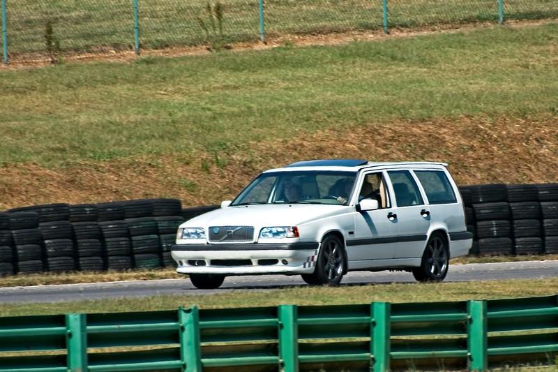 volvo wagon.jpg