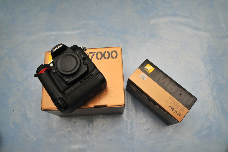 Nikon D7000+MB-D11 Battery Grip