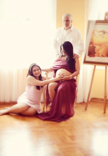 Maternity Shoot - Puig Family