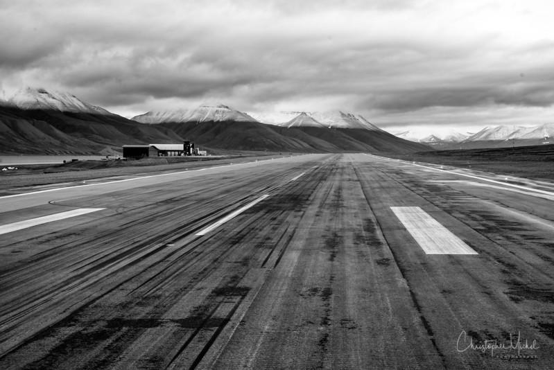 8-28-16168940 Longeearbyen.jpg