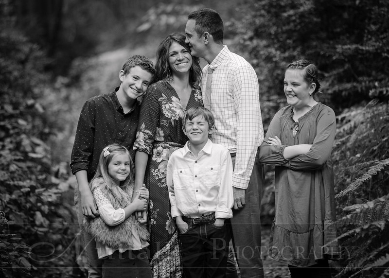 May Family 07bw.jpg