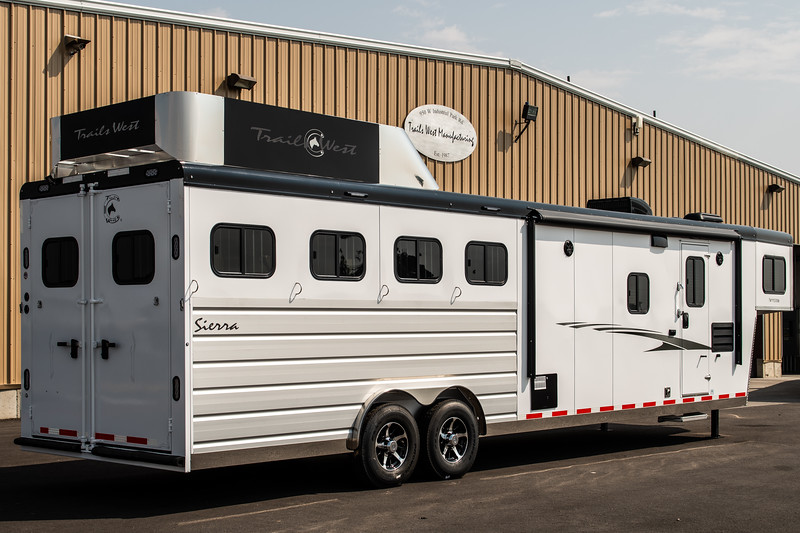 2019 TW Horse Trailers & Tack Rooms-172-2.jpg