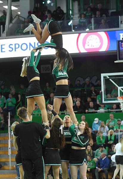 cheerleaders4078.jpg
