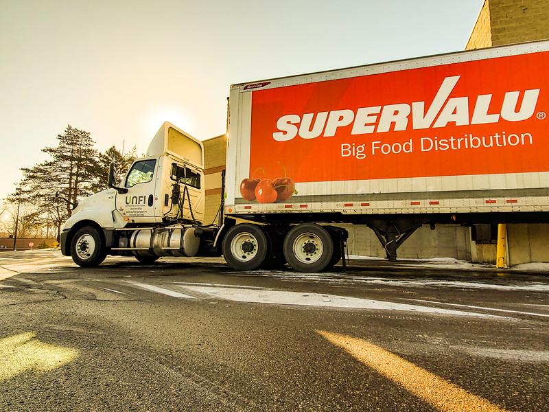 Unfi truck.JPG