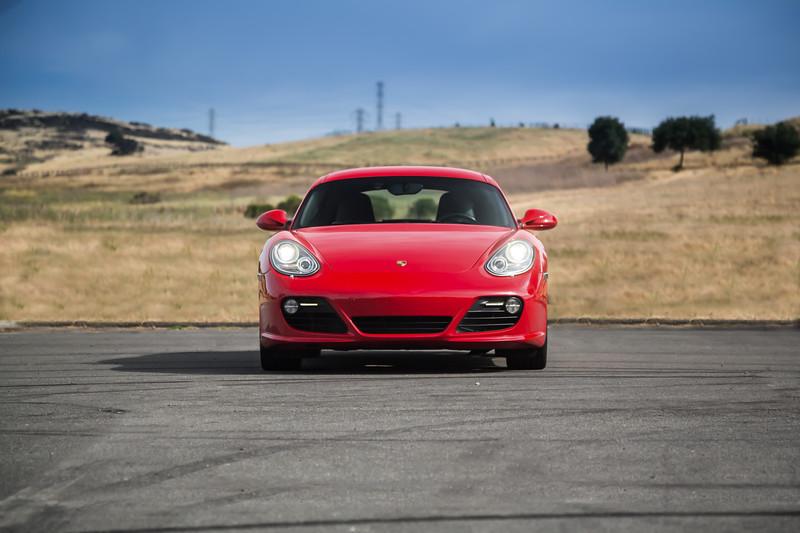 Porsche_CaymanS_Red_8CYA752-.jpg