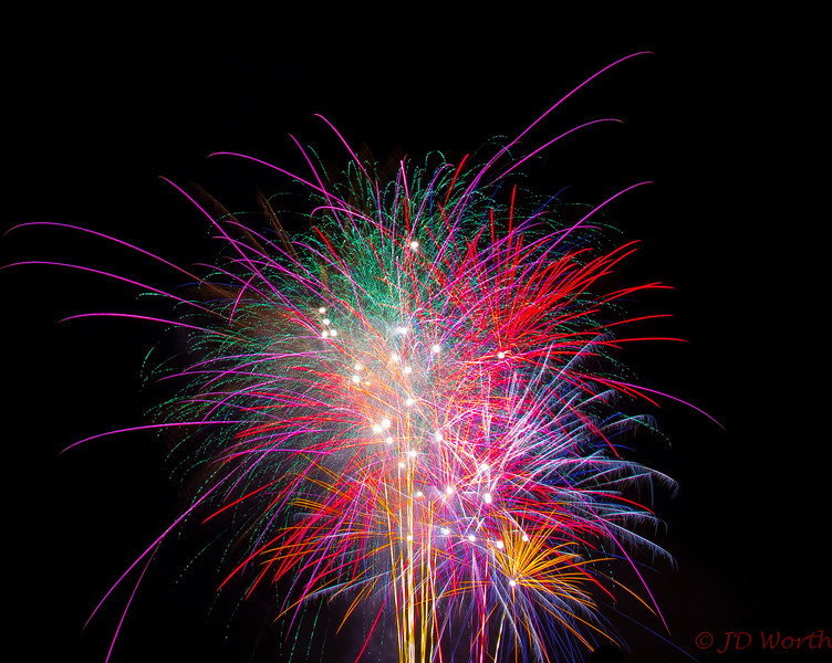070417 Luray VA Downtown Fireworks - Blue Plum Teal Red Yellow Blue Pickup Sticks Finale-0943.jpg