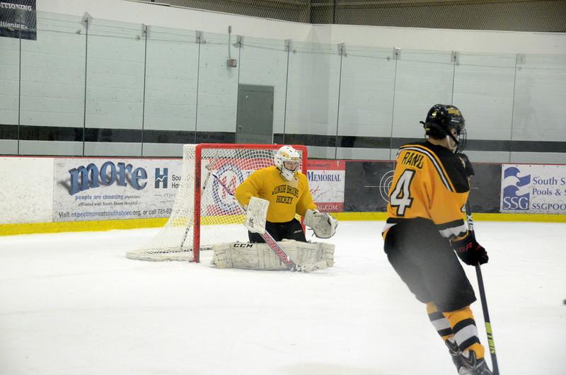 141214 Jr. Bruins vs. Bay State Breakers-084.JPG