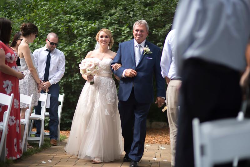 Garrett & Lisa Wedding (289).jpg