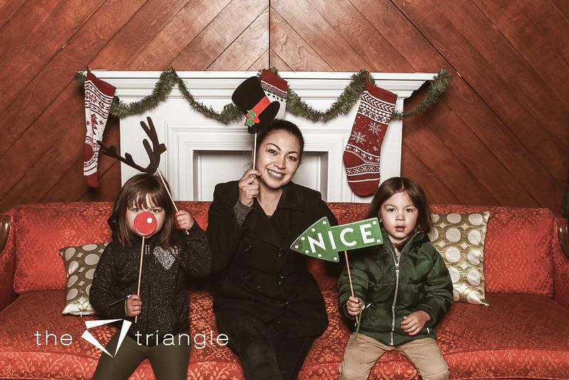 awkward-family-photo-booth-093.jpg