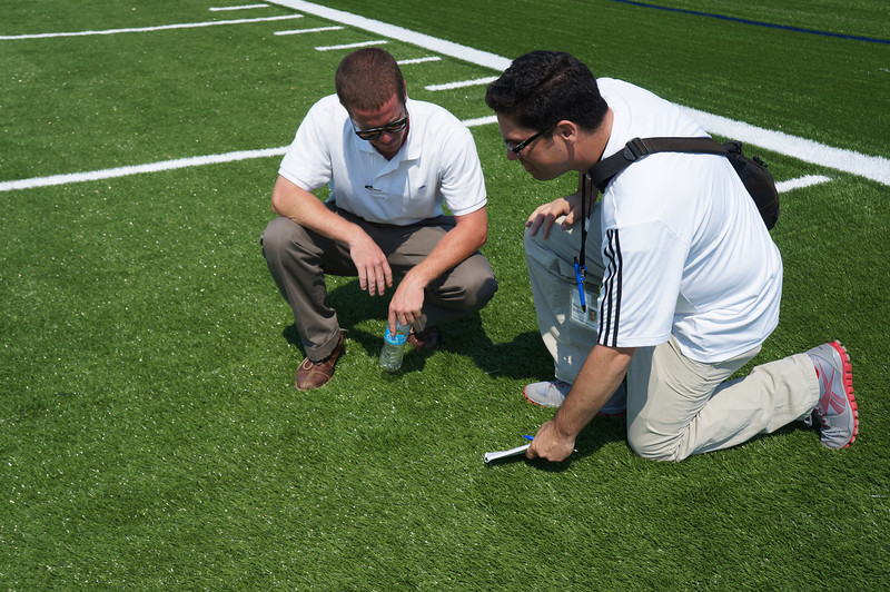 Longhorn-Visits-Field-Turf-Installation-at-Lutheran-West-Alumni-Field-2012--025.jpg