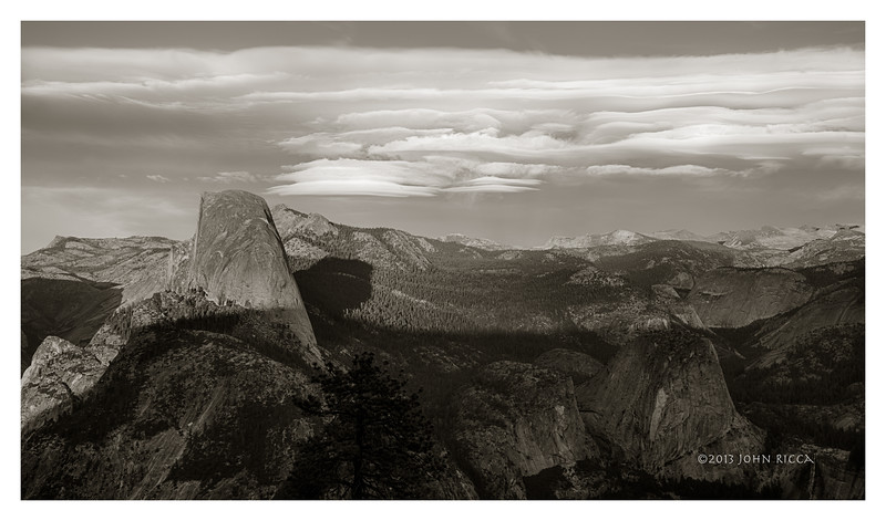 Lenticular Cloud & Half Dome 3.jpg
