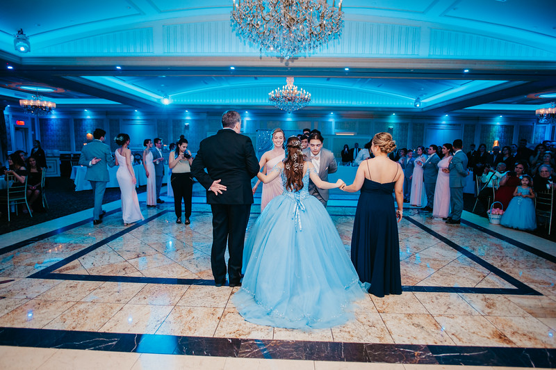 First Dance Images-127.jpg