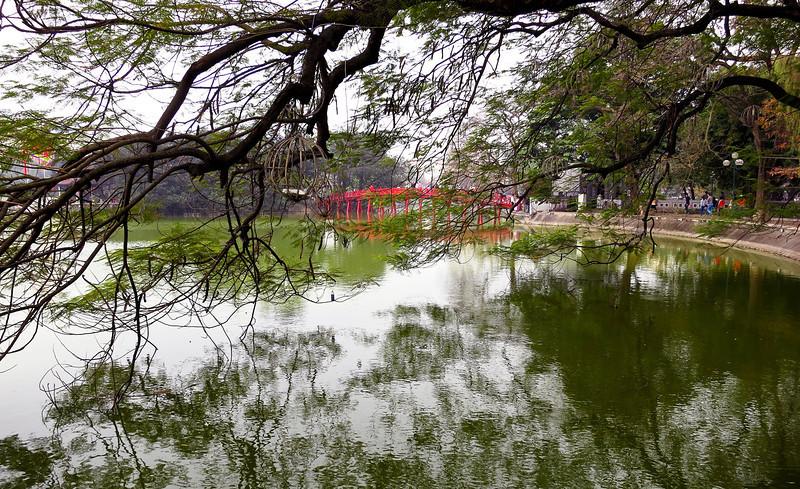 lake_bridge.jpg