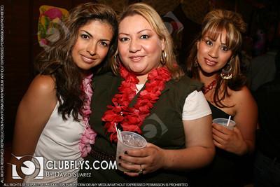 2011-05-28 [YoYo's Luau Birthday Party, Fajita Fiesta, Fresno, CA]
