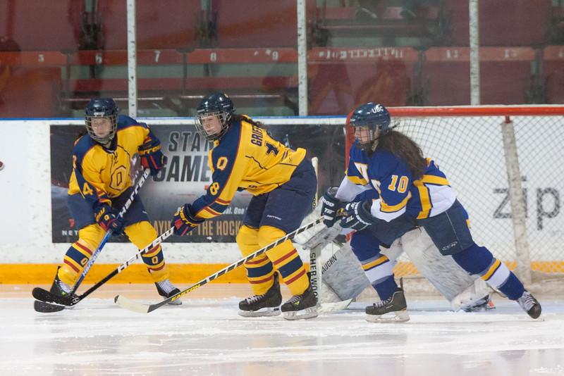 20130310 QWHockeyvsUBC 527.jpg