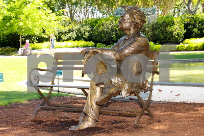5/4/16 Dallas Arboretum Hosts Gary Lee Price's Great Contributors Bronze Statues Exhibit by Jim Bauer