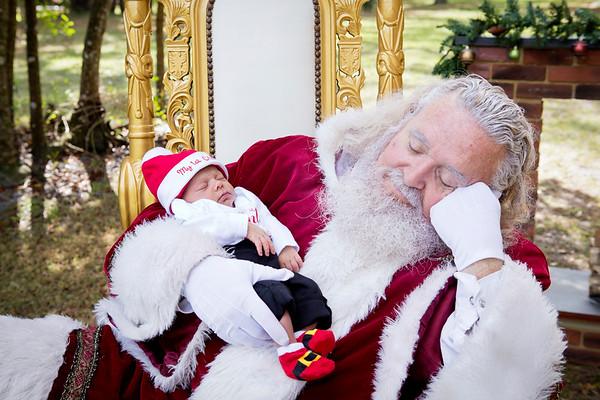 Santa Minis 2018: Santa and Avary!