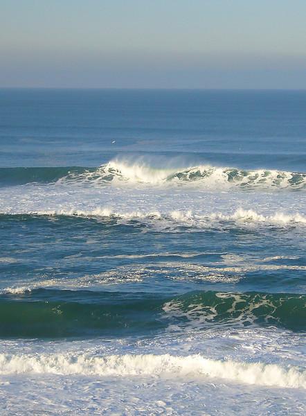 PacificOceanWaves02.jpg
