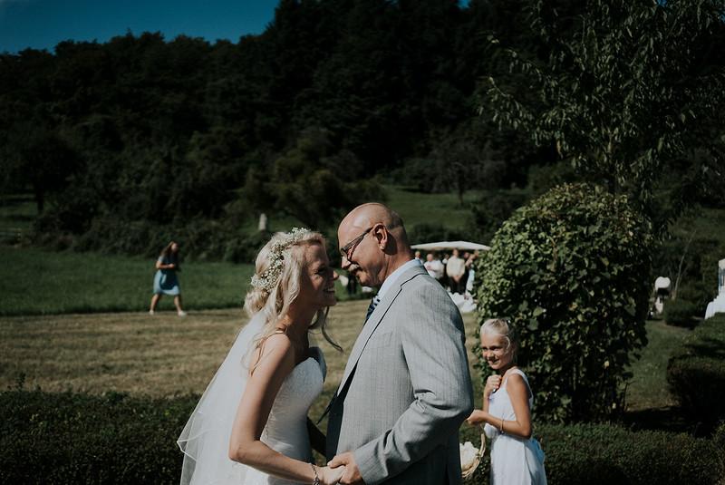 Tu-Nguyen-Wedding-Hochzeitsfotograf-Hochzeitsreportage-Neuwied-Bonn-Koblenz-Jan-Jessica-19.jpg