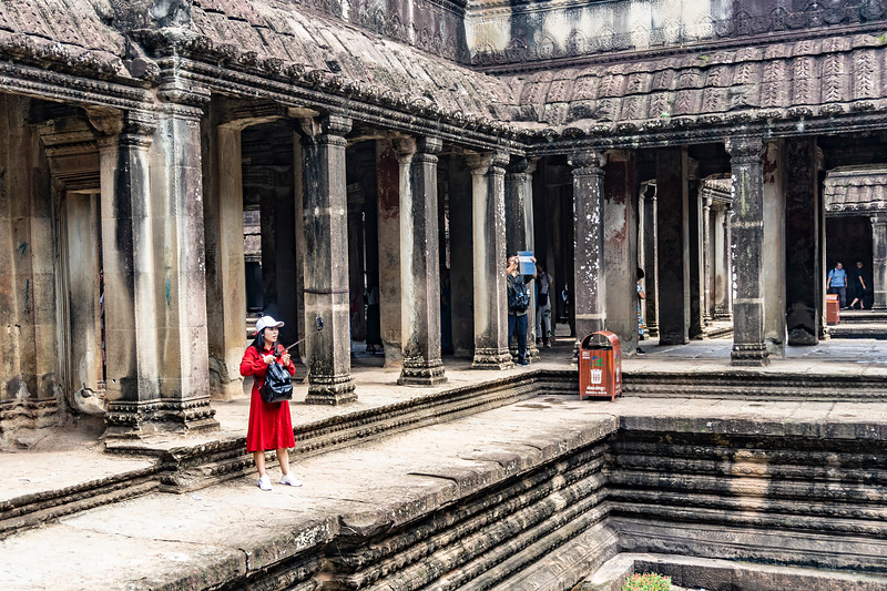 The Tourist in the Temple
