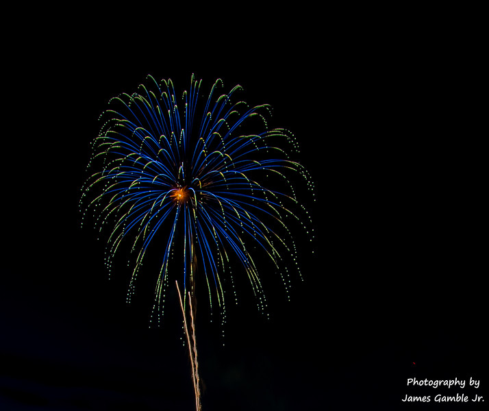 Fourth-of-July-Fireworks-2016-0302.jpg