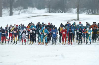 2010-01-16 Frosty Freestyle: Men's 15K Start