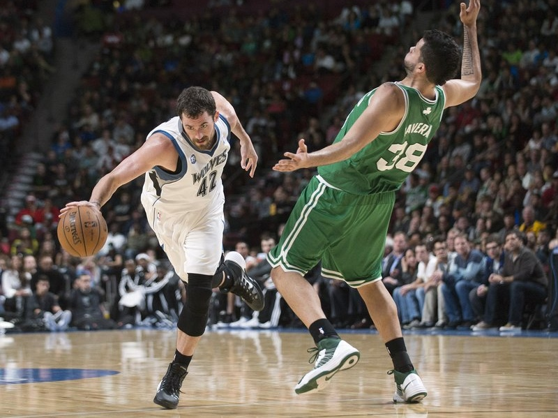 """. <p>3. KEVIN LOVE <p>NBA execs say he�s a credit to his race: the pasty white race. (unranked) <p><b><a href=\'http://regressing.deadspin.com/kevin-love-wins-white-guy-award-from-nba-executives-1450148792\' target=\""""_blank\""""> HUH?</a></b> <p>    (AP Photo/The Canadian Press, Graham Hughes)"""