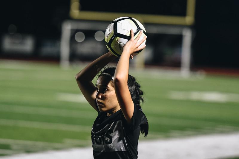 SoccerGirlsVarsity_Jan18_ElainaEich0042.jpg