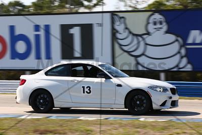 13 BMW WHITE
