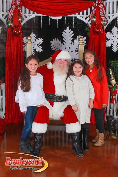 Santa 12-10-16-314.jpg