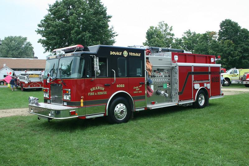 SHARON FIRE & RESCUE,WI ENGINE 4022 SPARTAN / CRIMSON  MONROE FIRE SCHOOL,WI
