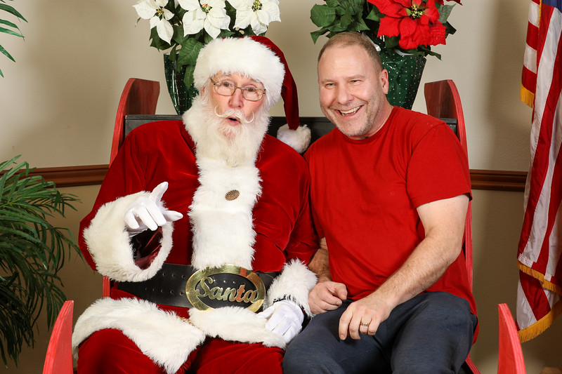 TBTP 2019 Photos with Santa-119.JPG