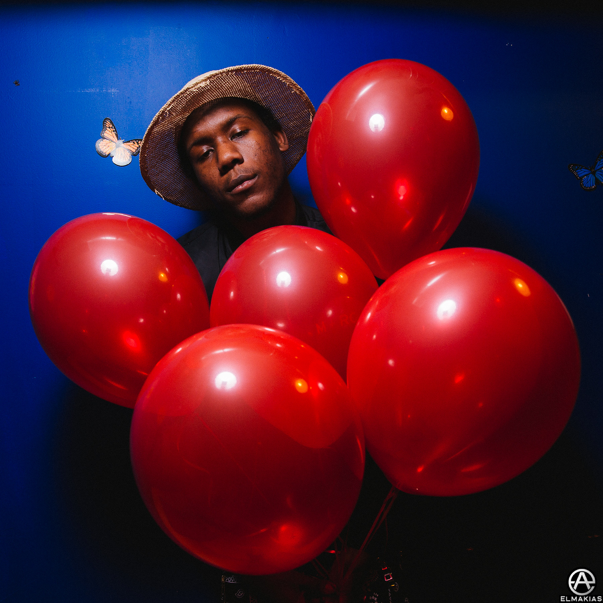5 red balloons and a Skizzy Mars