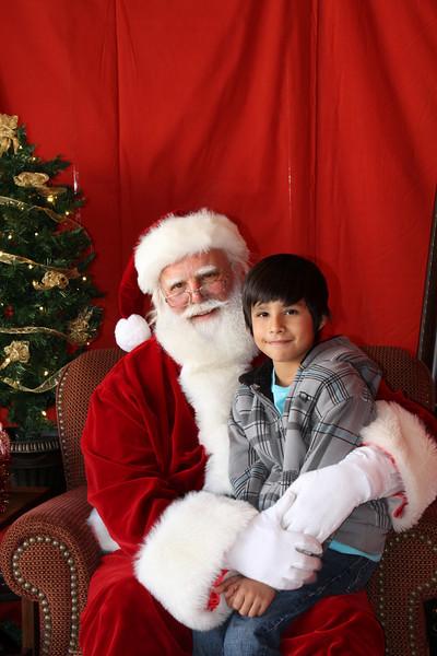 Santa Clause 27NOV2010-087.JPG