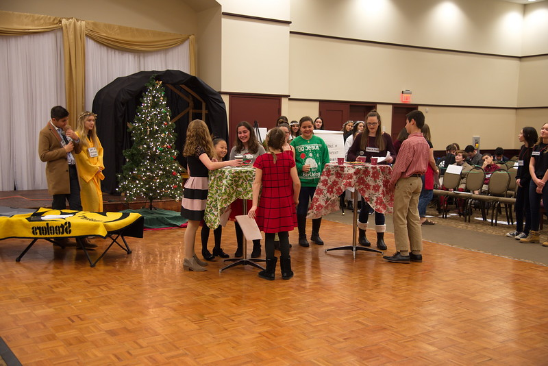 2018-12-16-Christmas-Pageant_260.jpg