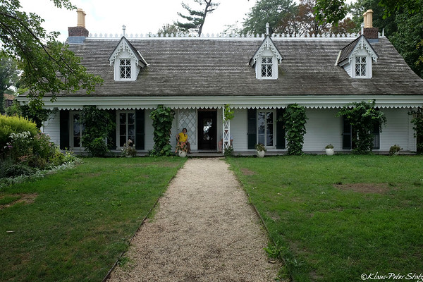 1690 Alice Austen House