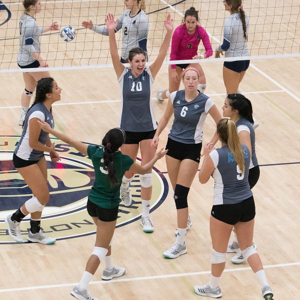 HPU Volleyball-92566.jpg