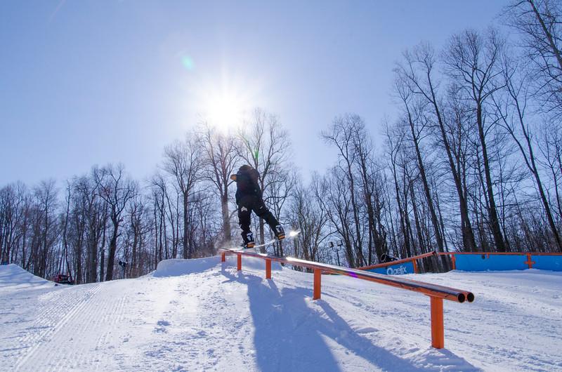 Snow-Trails-Rail-Jam-8209.jpg